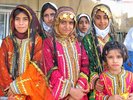 Iranian Women Clothing Traditions